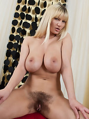 Nude Oldies - Quality Mom Picture Galleries - Nude Older Women ...