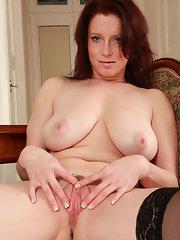 image Sultry brunette milf swings for hubby