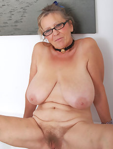 Blonde cutie casey shows you how to she likes to fuck 8