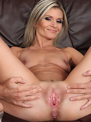 old women pussy porn Free pics and videos of sexy naked women with hairy pussies.