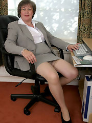 New Mature Pantyhose Galleries Very 105