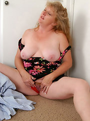 chubby mature mom chubby mature moms stripping down