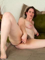 Christina aguilera upskirt pussy pics